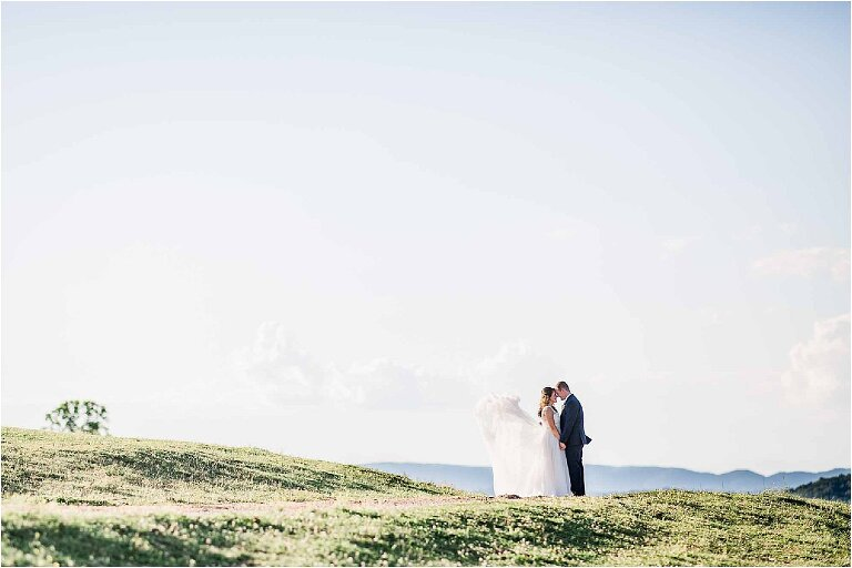 Things to Consider When Planning a Smoky Mountain Wedding